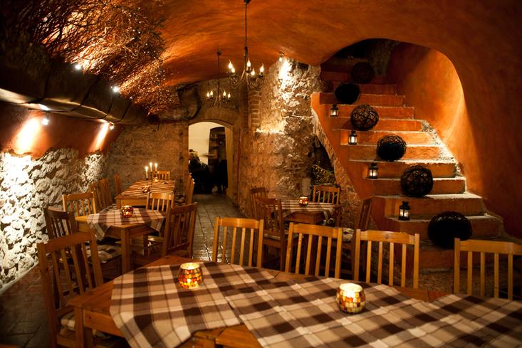 Piwnica Pod Kominkiem A Wonderful Old World Krakow